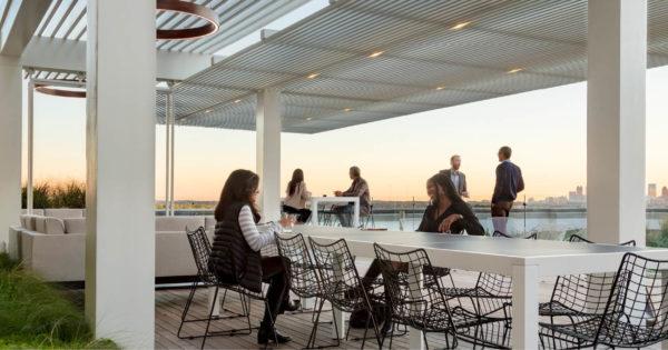 Resurgens Plaza Rooftop Social Area